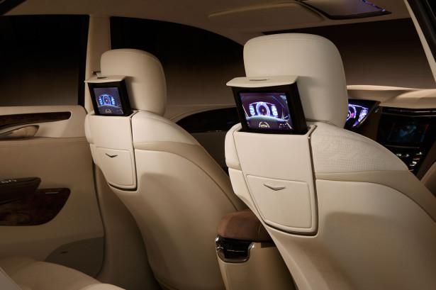 2010_Cadillac_XTS_Platinum_Concept_Interior_04