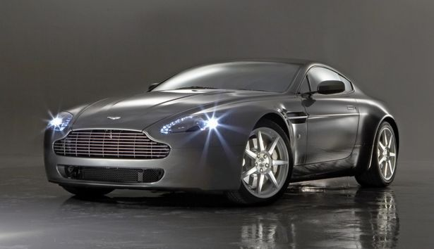 Aston Martin V8 Vantage Centenary Edition