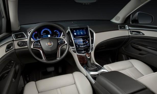 Cadillac SRX CUE салон